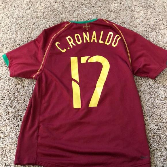 55e6641df6e Cristiano Ronaldo Portugal Jersey  17. M 5c3bc602aa8770b38c55fd6b